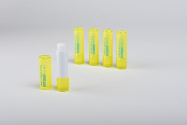 Lippenpflegestift mit LSF 15