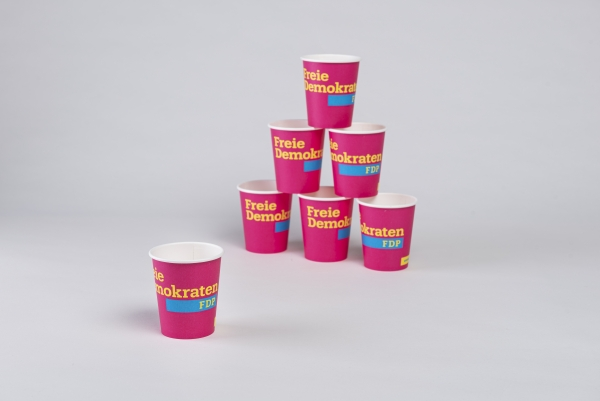 Coffee To Go Cups / Becher