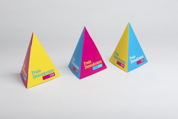 Pyramidenaufsteller